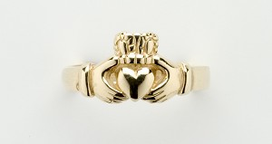 Claddagh Ladies Puzzle Ring
