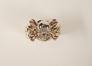 6NSX .10ct Diamond Eyes Ladies Puzzle Ring