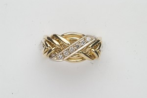 61N Diamond .20ct Ladies Puzzle Ring